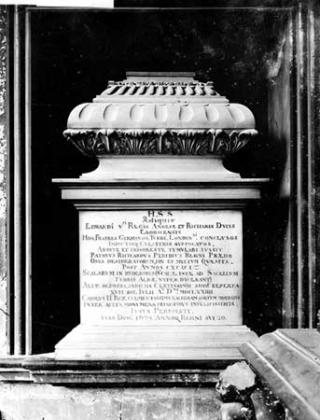 Tomb-of-edward-v-and-prince-richard